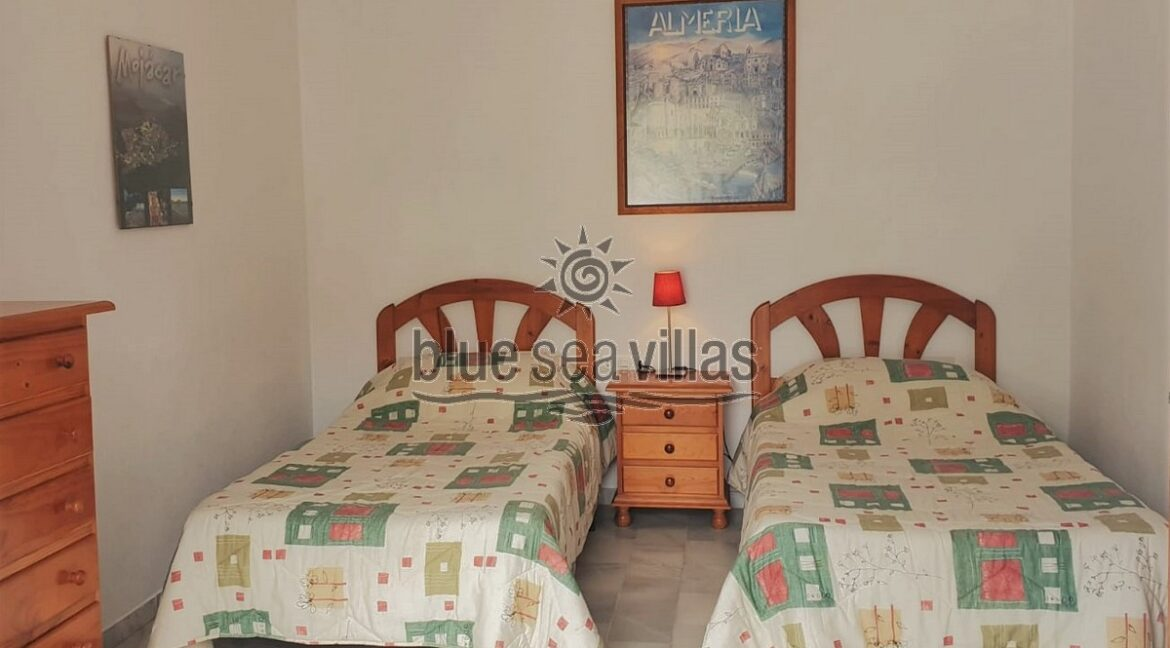 Twin Bed1_opt