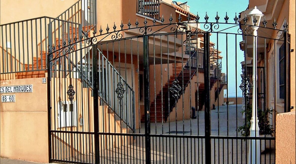 Complex entrance - Gated