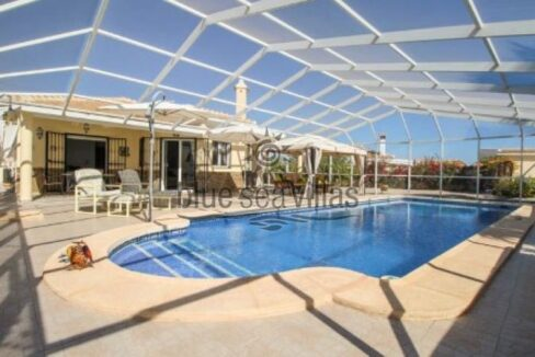 14.-Ten-x-Four-Meter-Pool-with-Florida-Style-Enclosure.a-1