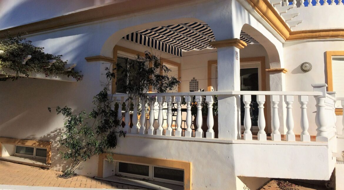 5-Front-Terrace-1-scaled