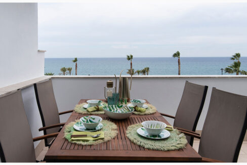 Terrace with views 1